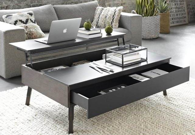 Coffe table with tray that lifts up and a drawer