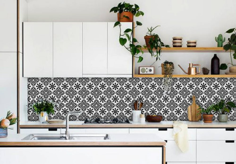 Adhesive backsplash, Quadrostyle - BnbStaging the blog