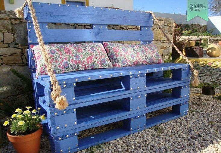 Outdoor bench made of wooden pallets