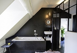 Black bathroom, Laurence Dutilly