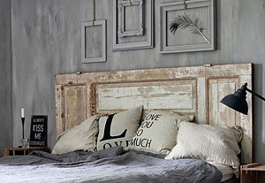 Old door as a headboard, Bonnier Fakta - BnbStaging the blog
