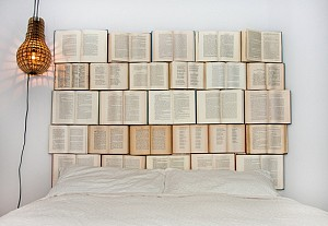 Design every day, DIY headboard with books